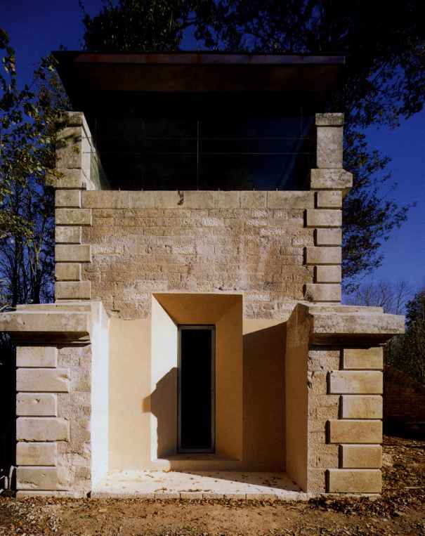 Talus Du Temple Bourgogne France 200001 Portable House
